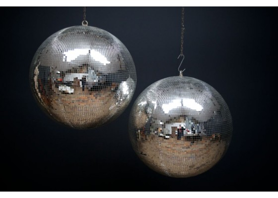 italian-dance-hall-mirror-ball-1980s-saturday-night-fever