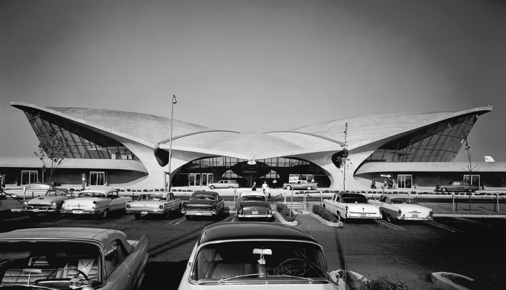 Saarinen's TWA terminal exterior