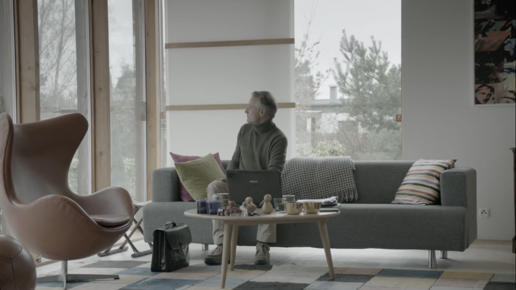 The character Martin Rohde has some classic Danish furniture in his house including a Jacobsen Egg Chair seen here to the left. furniture design classics in the movies