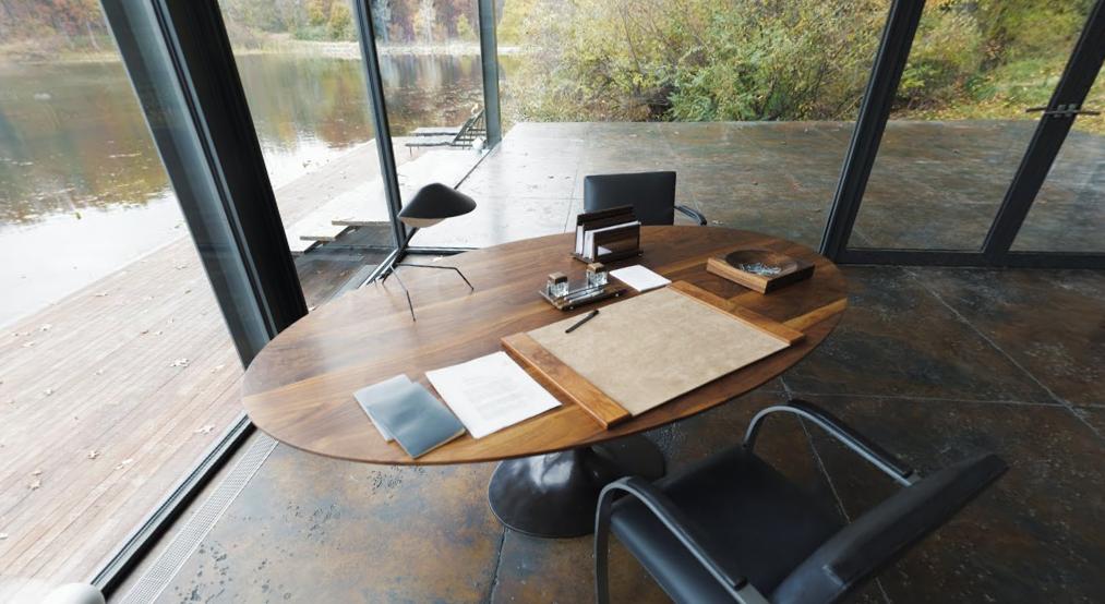 bruce-wayne-batman-desk-furniture