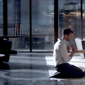 fifty-shades-darker-furniture-christian-greys-apartment-christian-ana-floor