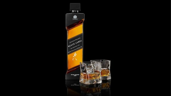 Johnnie Walker new Black Label whisky to appear in Blade Runner 2049 – order yours now!