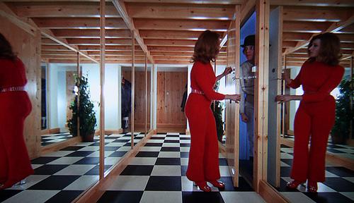 home-hallway-a-clockwork-orange-film-and-furniture