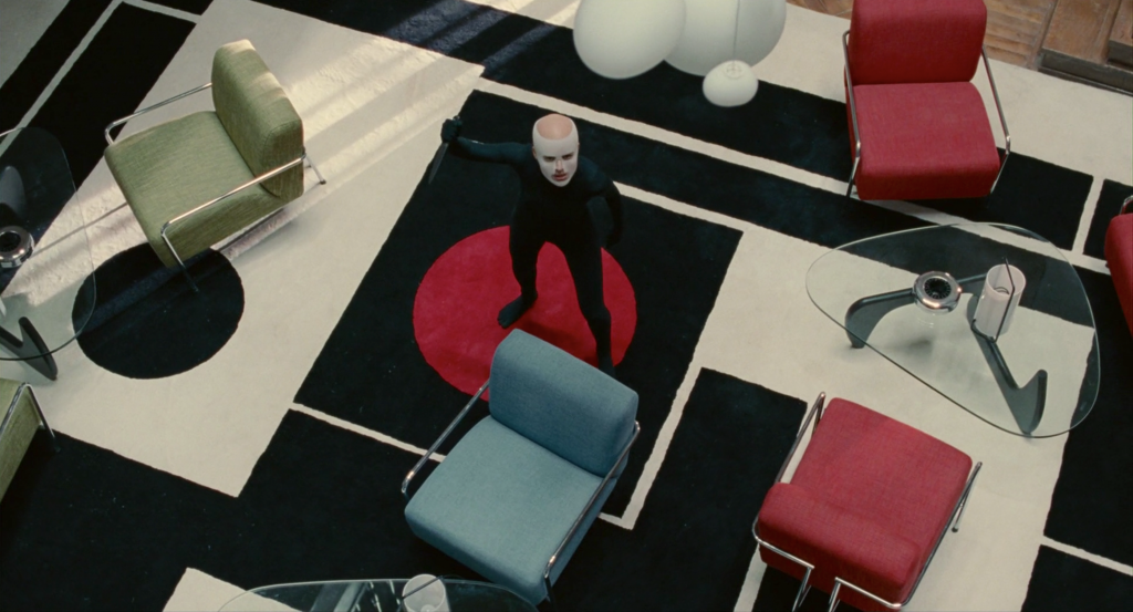 the-skin-i-live-in-film-set-design-decor-interiors furniture design classics in the movies