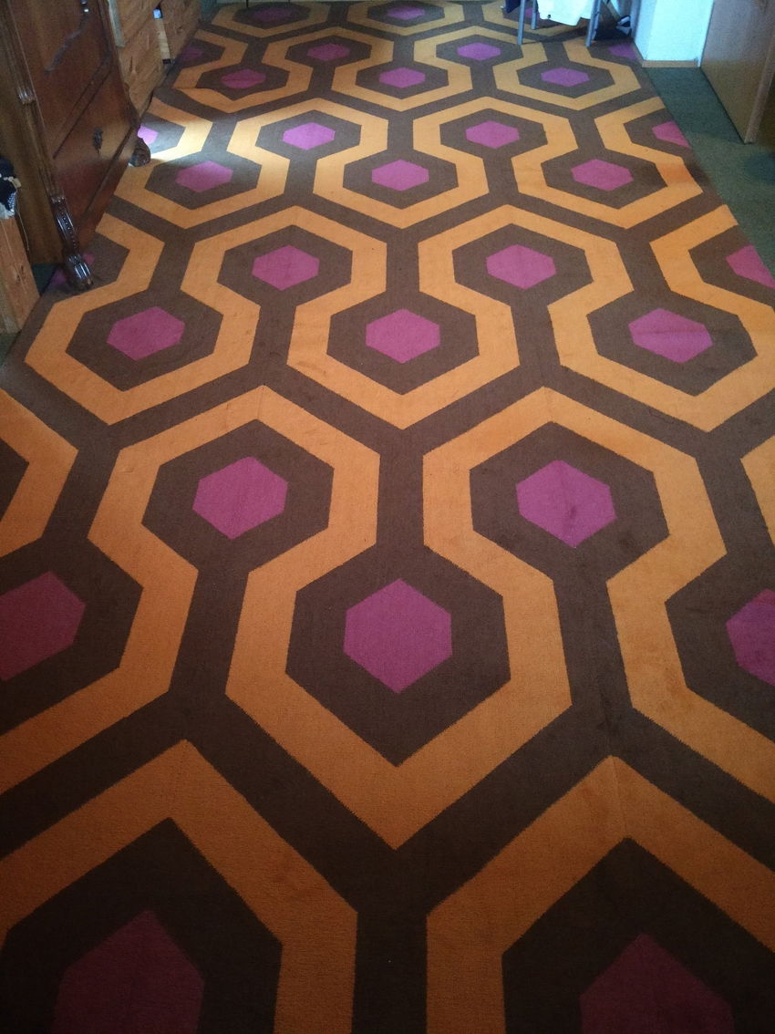 barbara-Shining-carpet-kubrick-hexagon-pattern