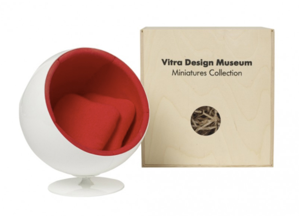 ball-chair-miniature-conran-600435