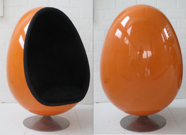 ovalia-egg-chair-men-in-black-orange-pamono