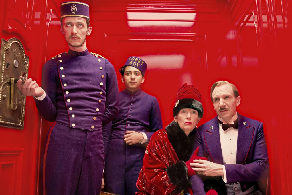 grand-budapest-hotel-red-lift