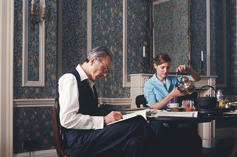 dining room william morris wallpaper in Phantom Thread