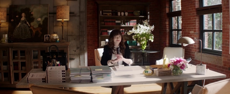 #FFFind: Girl with deer painting in Fifty Shades Darker/Freed