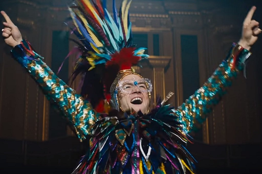 Taron Egerton as Elton John in Rocketman filmsets