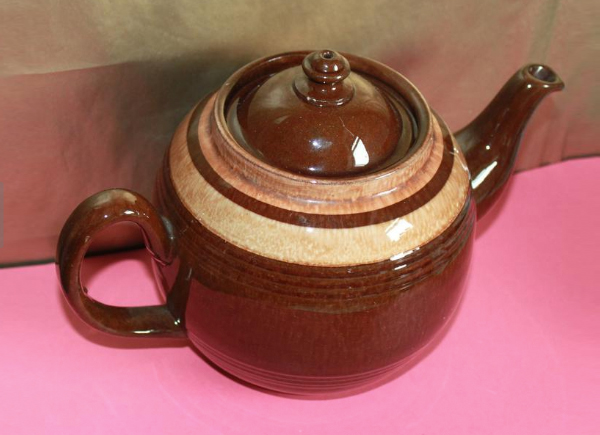 brown-betty-teapot-vintage