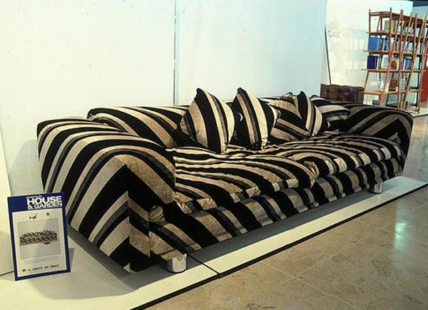 howard-keith-diplomat-sofa-film-and-furniture-600435