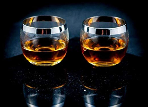 ad-men-whisky-glasses-film-and-furniture
