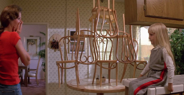 poltergeist-chairs-thonet-film-and-furniture