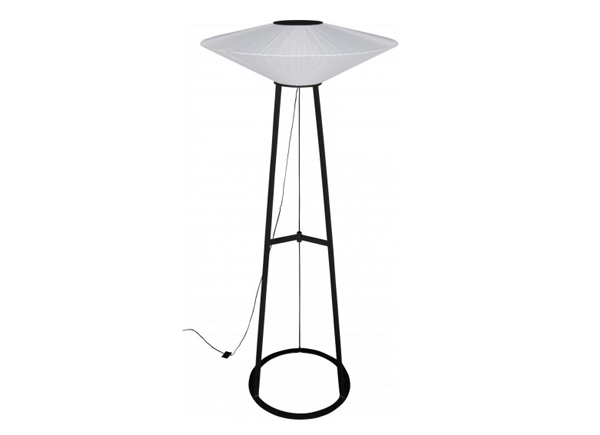 ribbon-floor-lamp-Beatrice-Durandart-White-Lines-film-and-furniture-600435