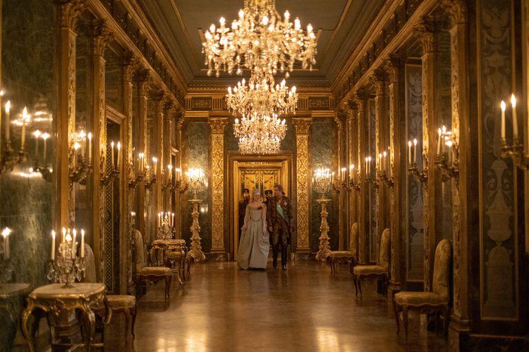 THE GREAT film set design corridor