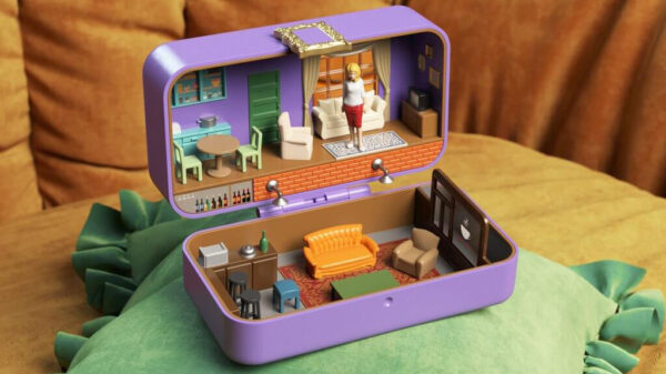 Iconic film sets reimagined as Polly Pockets