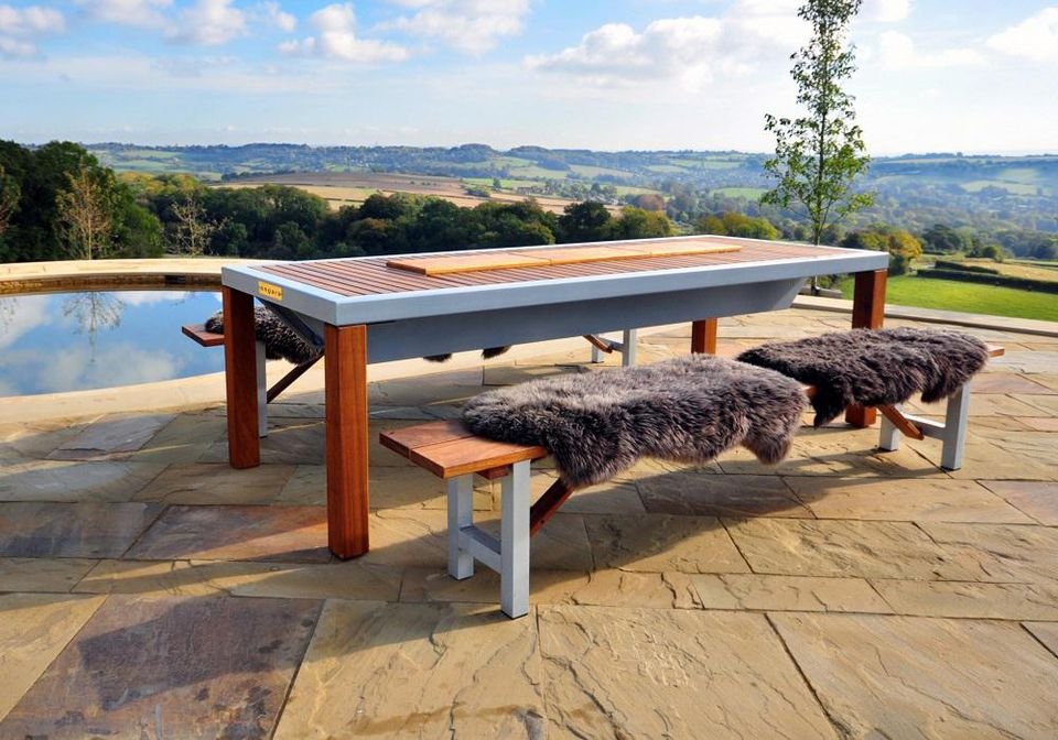 The Angara outdoor BBQ grill table from iBBQ