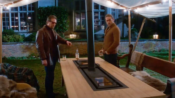 The outdoor BBQ grill table in The Gentlemen