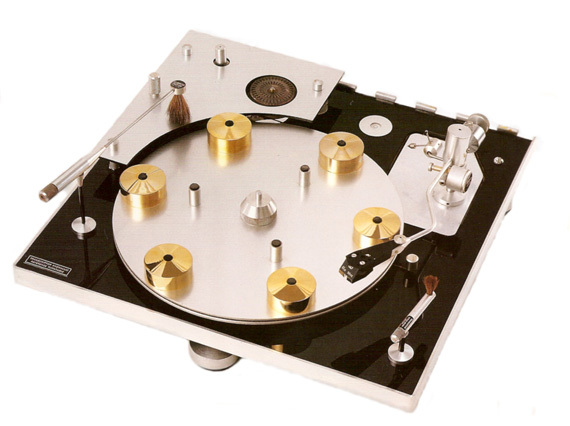 Transcriptors Hydraulic Reference Turntable. Image c/o Transcriptors
