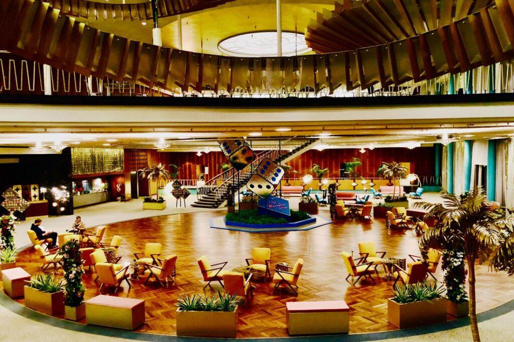 Las Vegas lobby in The Queens Gambit